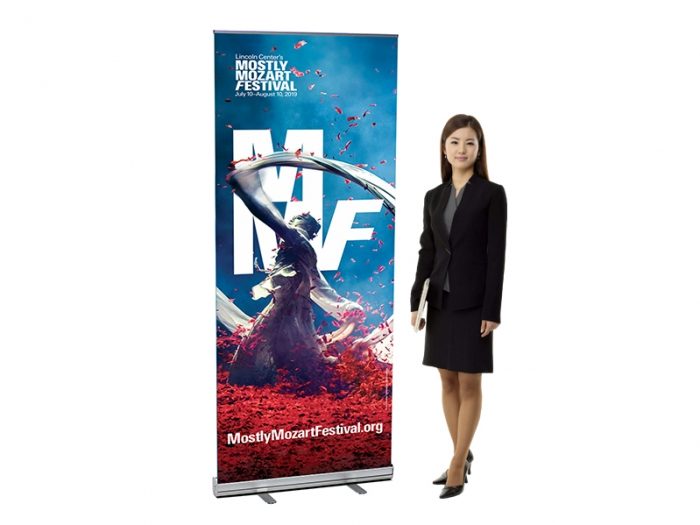 V-STAND Retractable Banner Stand with Model